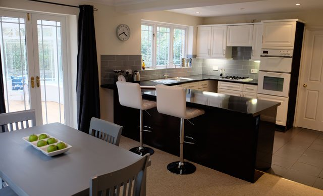 kitchen makeover home staging