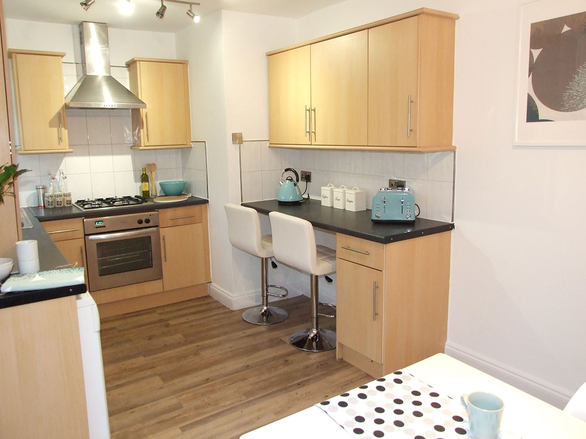 kitchen-makeover-to-sell-house