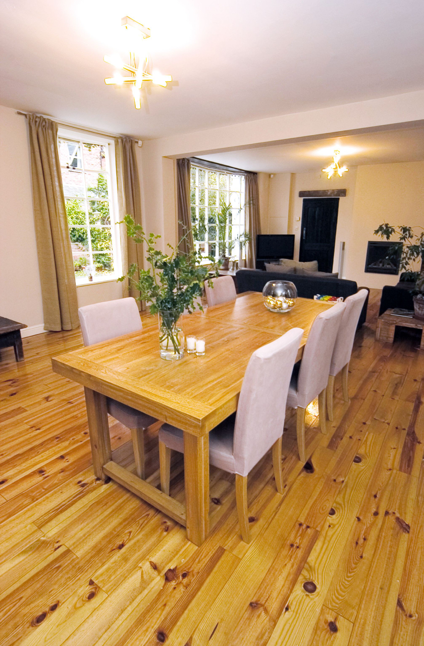 Coach House Home staging Heaton Moor dining room