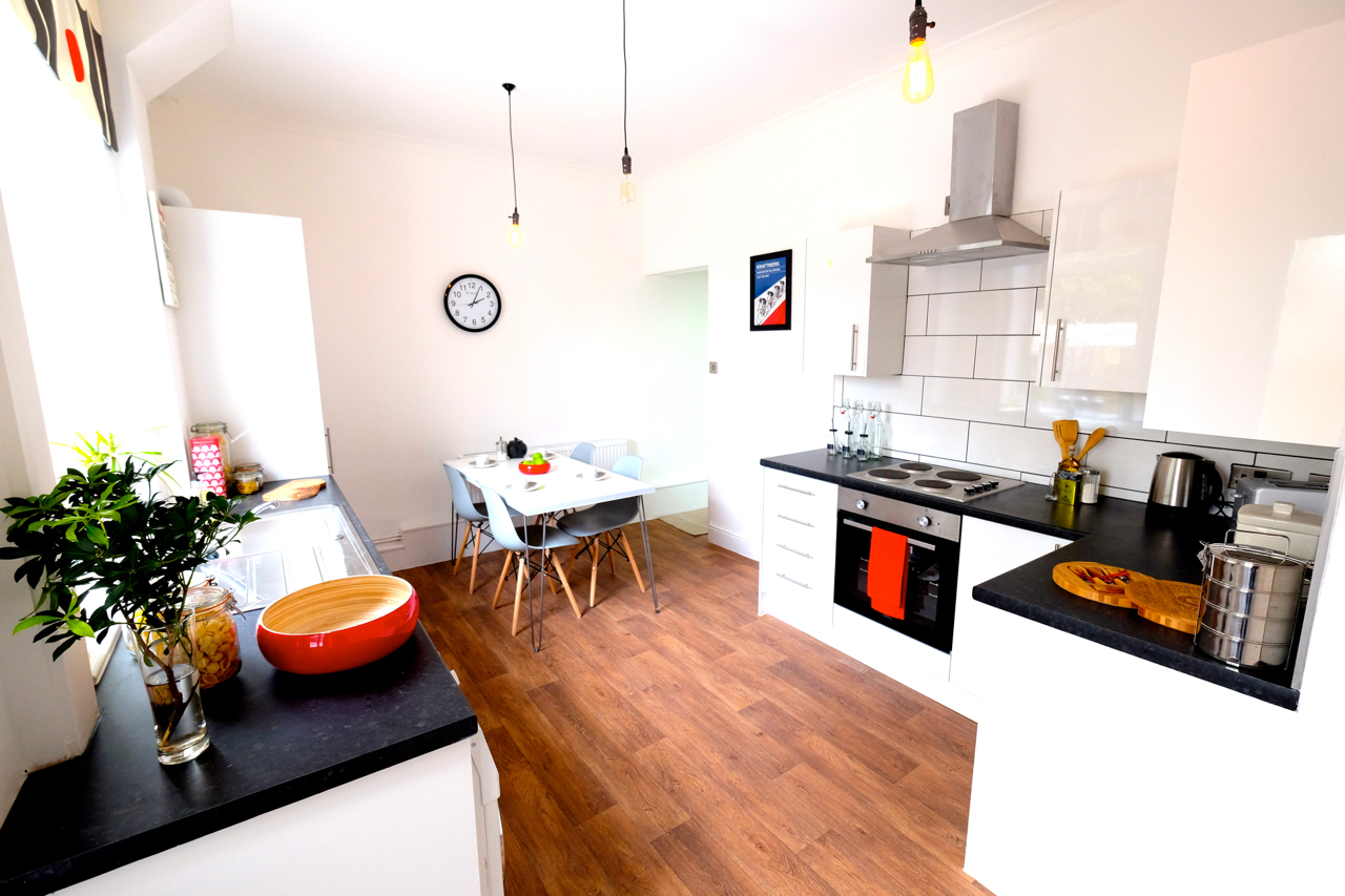 Home staging kitchen Manchester