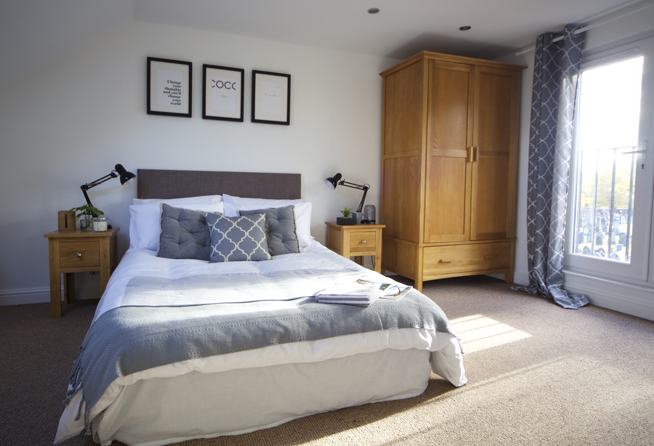 home staging bedroom 2 Sale